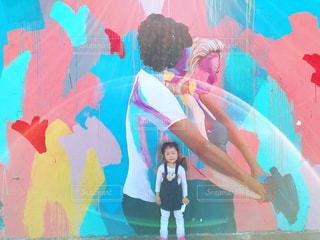 シドニー「ボンダイビーチ」ウォールアートツアー。パートナーの写真・画像素材[1214134]