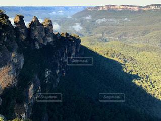オーストラリア世界遺産「ブルーマウンテン」スリーシスターズの写真・画像素材[1214207]