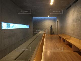 ベネッセハウス廊下の写真・画像素材[1244811]
