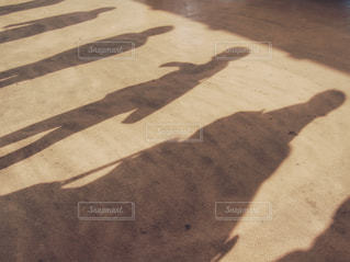 乗船を待つ人々の写真・画像素材[891585]
