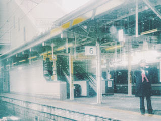 駅のホーム - No.998077