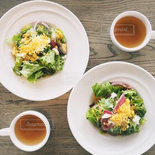 サラダとスープの写真・画像素材[1017937]