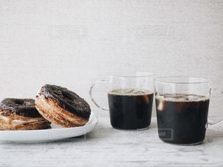 コーヒーとドーナツでおうちカフェの写真・画像素材[1241299]