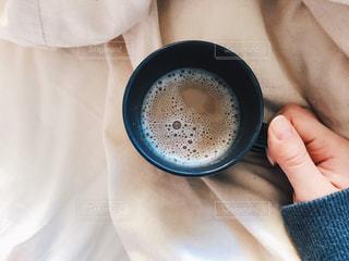 朝のカフェラテの写真・画像素材[1616365]