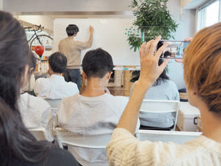 セミナーに参加している人々の写真・画像素材[1678429]