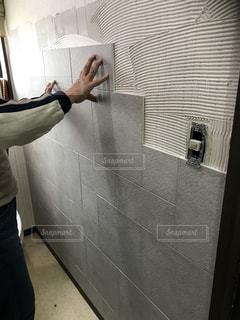 トイレの壁をリフォームの写真・画像素材[1000068]