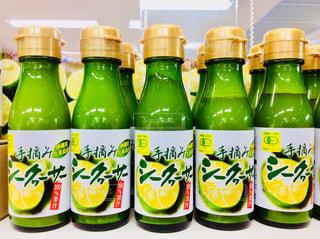 シークワーサー果汁100%の写真・画像素材[1445812]