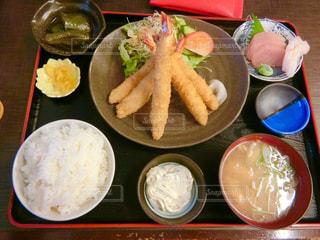 エビフライ定食の写真・画像素材[2048731]