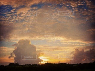 久米島の夕焼けの写真・画像素材[3695494]