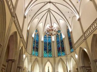近くに教会のアップの写真・画像素材[763756]