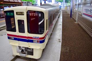 バスに座っている鉄道 - No.775946
