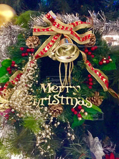 クリスマス ツリーのように作られたケーキの写真・画像素材[910386]