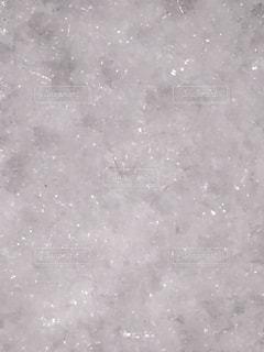 空を飛んでいる人の写真・画像素材[983175]
