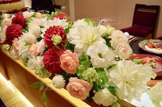 近くの花のアップの写真・画像素材[1020693]
