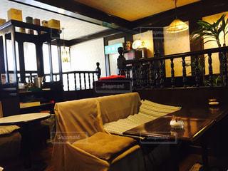ダイニング ルームのテーブルの写真・画像素材[1837803]