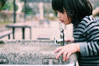 水を飲む - No.725740