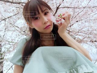ピンクのドレスの少女 - No.1031651