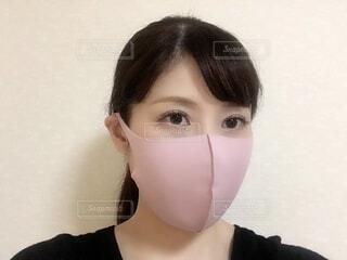 眼鏡をかけている女性のクローズアップの写真・画像素材[3629332]
