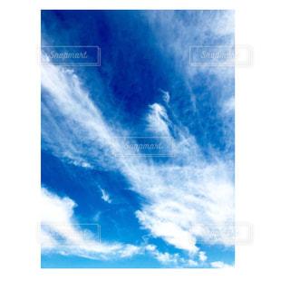 動きそうな雲の写真・画像素材[1296454]
