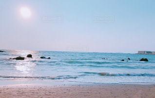 浜辺の人々のグループの写真・画像素材[2233095]