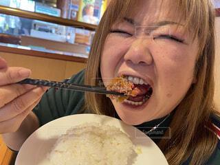 大好きなハンバーグを食す❤️の写真・画像素材[4220196]