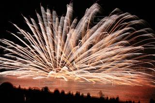 空に花火の写真・画像素材[1404624]