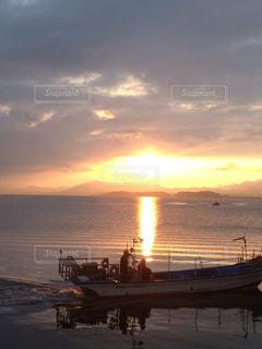 夕日の写真・画像素材[644497]