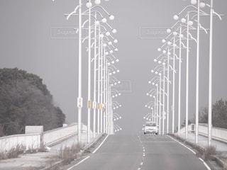 道路の上の橋の写真・画像素材[781080]