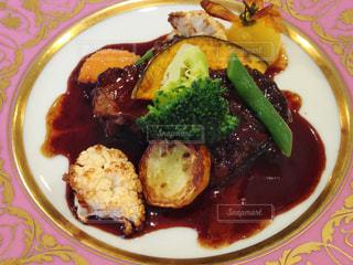 牛肉の赤ワイン煮込みの写真・画像素材[1650146]