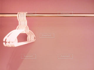 ピンクの壁の写真・画像素材[2163914]