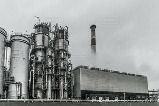 大きな白い建物の写真・画像素材[812124]