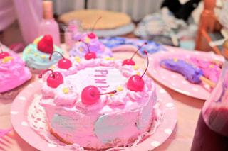 カラフルなゆめかわいいケーキの写真・画像素材[1162537]
