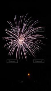 空に花火の写真・画像素材[1610283]