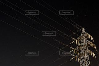 夜の電線。の写真・画像素材[736190]