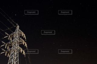 夜の電線。星とともに。の写真・画像素材[736191]