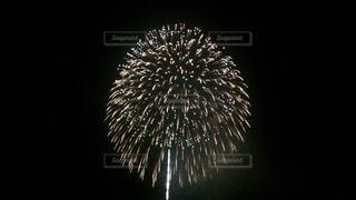 空に花火の写真・画像素材[708962]