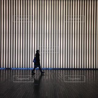 歩くの写真・画像素材[681511]