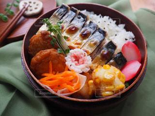 鯖の塩焼き、和風弁当の写真・画像素材[935499]