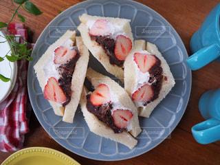 あんこ 生クリーム サンドイッチの写真・画像素材[1176130]