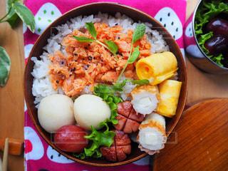 鮭弁当の写真・画像素材[1232463]
