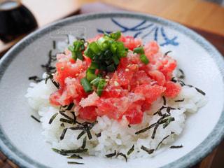 ネギトロ丼の写真・画像素材[1232465]