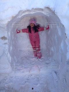 子ども,1人,冬,雪,かまくら