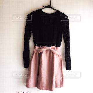 黒のドレスを着ている人 - No.880133