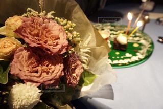 近くの花のアップの写真・画像素材[880825]