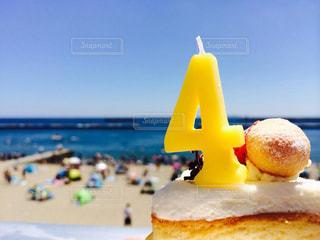 ビーチで食事の写真・画像素材[915249]
