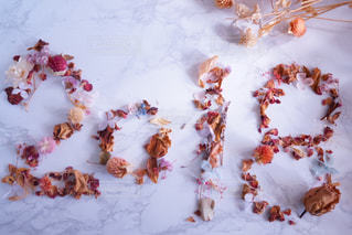 雪に覆われたケーキの写真・画像素材[936290]