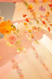 近くの花のアップの写真・画像素材[1169957]