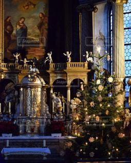 ドイツ・ヴュルツブルクの教会の祭壇の写真・画像素材[952640]