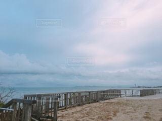 秋の海の写真・画像素材[1584948]