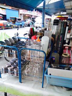 タイの屋台の食器整理術の写真・画像素材[725153]
